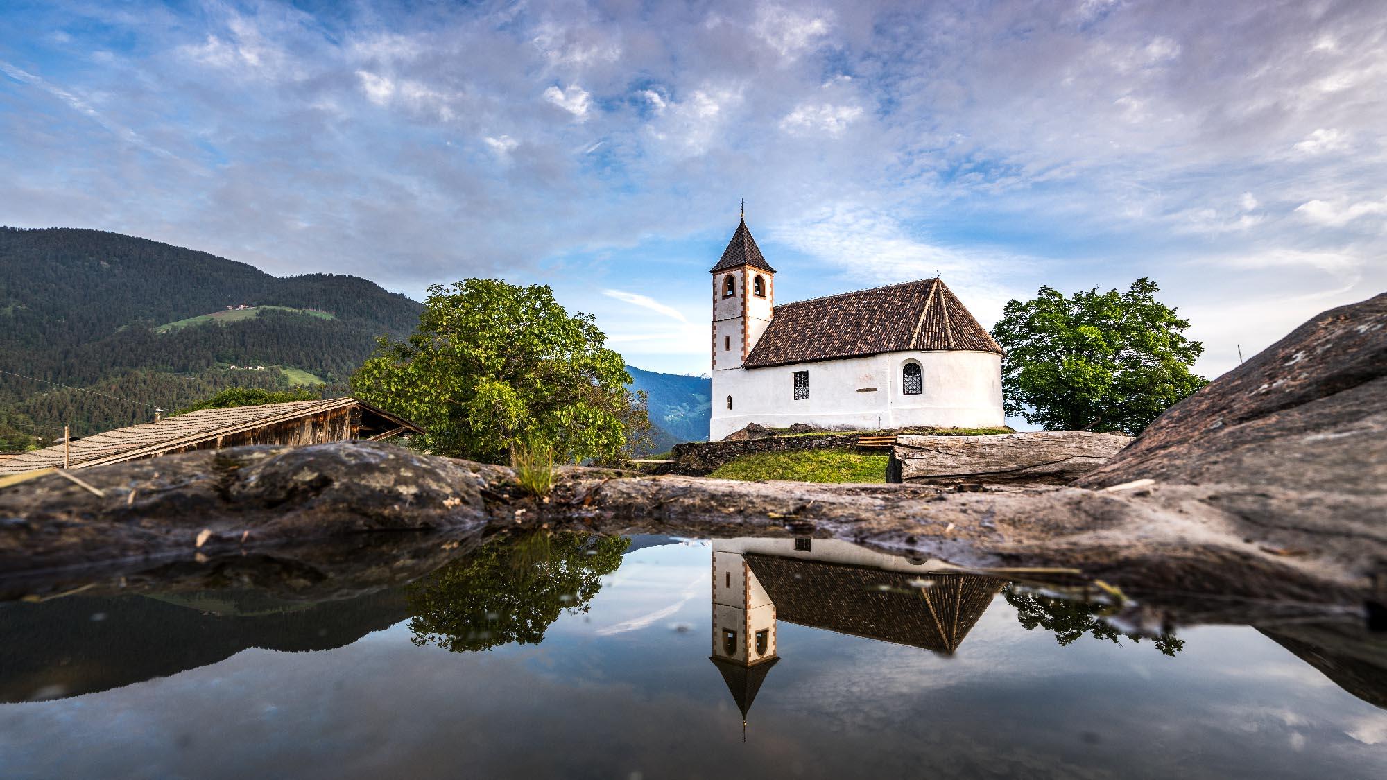 St. Hippolyt kapelle in Tisens